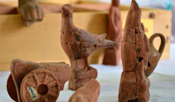 2 bin yıllık oyuncak bulundu