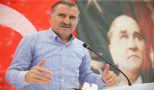 Bakan Bak'tan Konyaspor'a tebrik