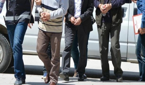 Aralarında avukatların da bulunduğu 7 kişiye gözaltı
