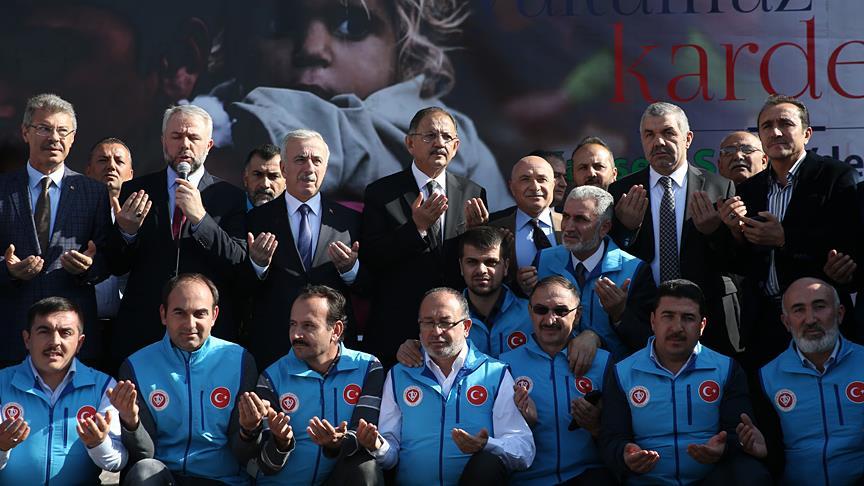 Kayseri'den Halep'e 10 yardım tırı gönderildi