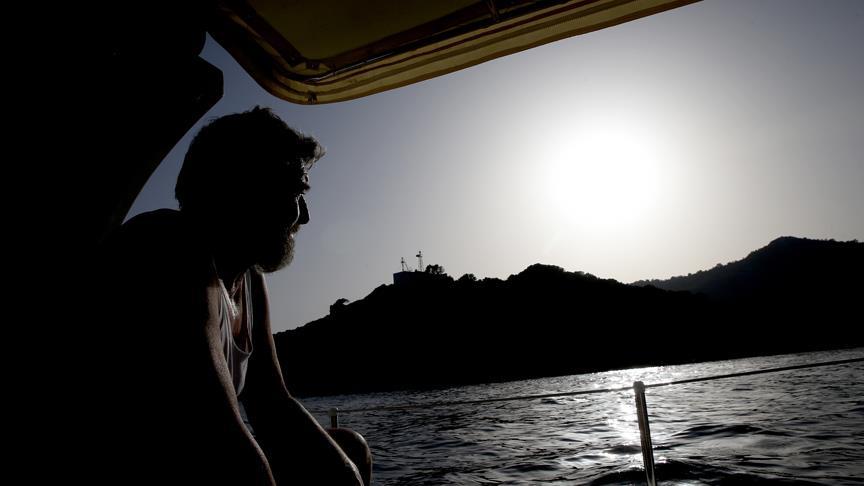 Deniz fenerinde bitmeyen nöbet