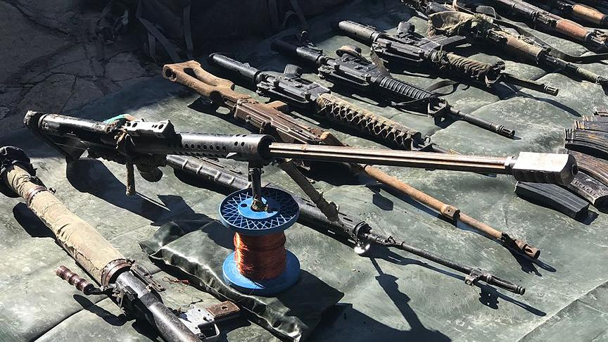Şırnak'ta çok sayıda silah ve mühimmat ele geçirildi