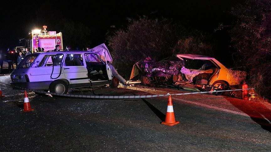 Denizli'de trafik kazası: 4 ölü, 4 yaralı