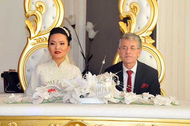 Konya Haber:  Konya'da Çinli geline dini nikah ve Türk usulü düğün