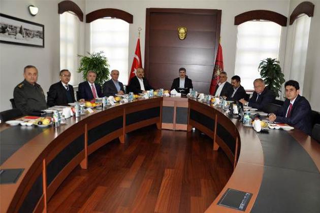 Konya Haber:  Konya'da 4 ilin valisi ile güvenlik toplantısı