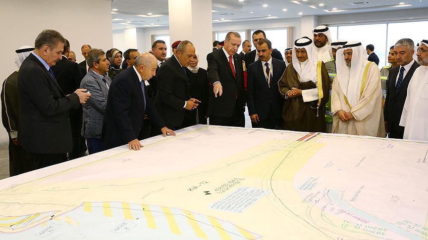 Erdoğan, Kuveyt Uluslararası Havalimanı çalışmaları hakkında bilgi aldı