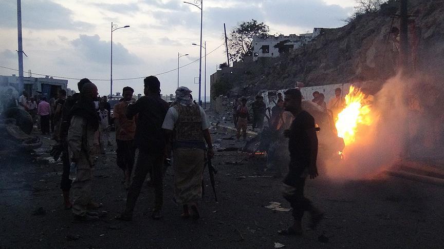 Yemen'de karargaha yönelik bombalı saldırıda 9 asker öldü