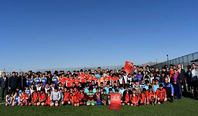 Konya Haber:  Konya Seydişehir'de futbol turnuvası ödül töreni