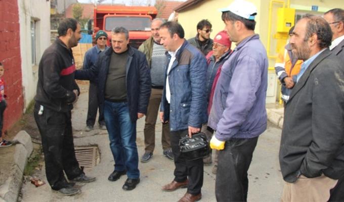 Konya Haber:  Başkan Tutal'dan evi yanan aileye ziyaret