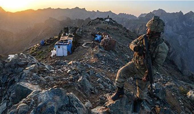 Uzman Onbaşı Mehmet Kızılca'yı şehit eden terörist öldürüldü