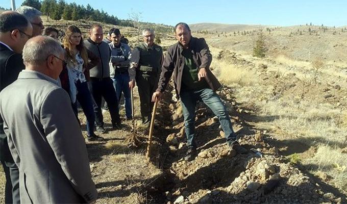 Konya Haber:  Konya Yunak'ta bin adet fidan toprakla buluşturuldu
