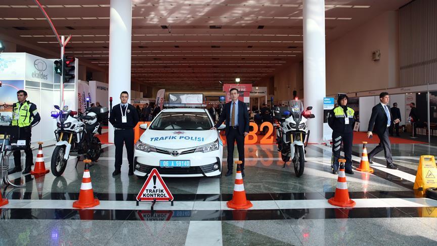'Trafikte saygı kurallara uymak kadar önemli'