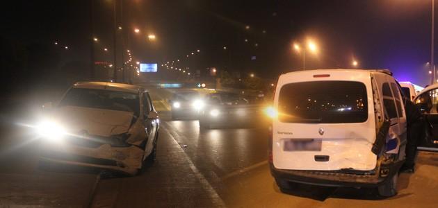 Konya Haber:  Konya'da otomobil polis aracına çarptı