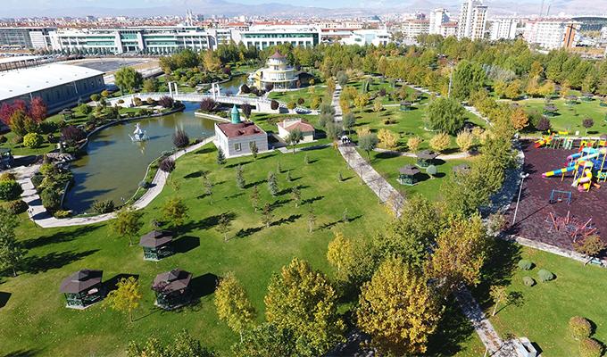 Konya Haber:  Konya Karatay'ın Parkları İlkbaharı On Binlerce Çiçek ile Karşılanacak