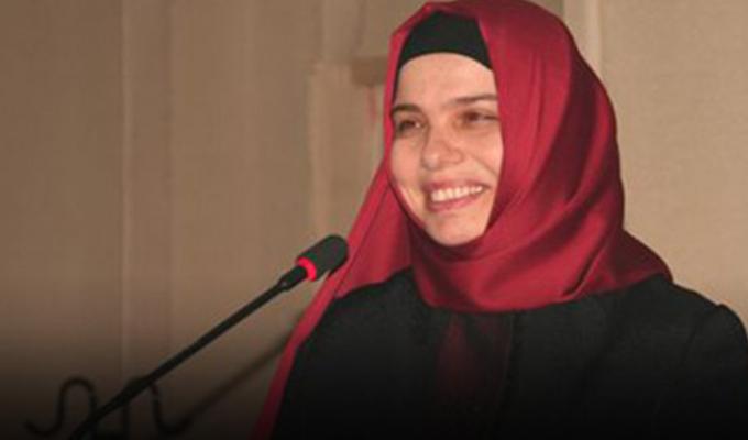 Konya Haber:  Rektör Şeker'den Diyanet'te atanan Huriye Martı'ya tebrik