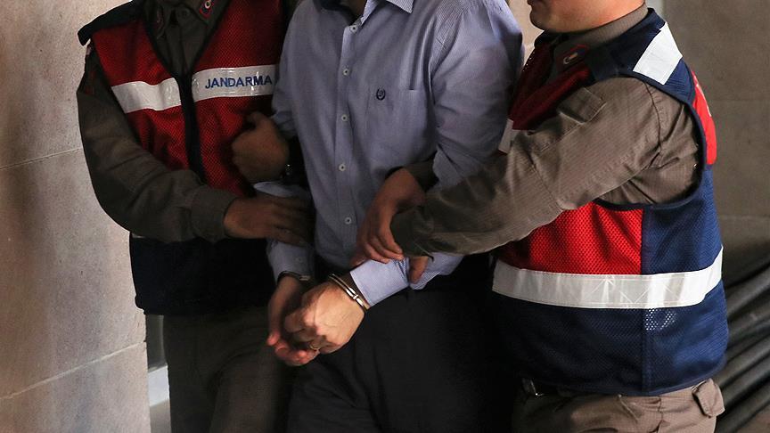 Balıkesir'de FETÖ/PDY'ye yönelik operasyonda bir binbaşı gözaltına alındı