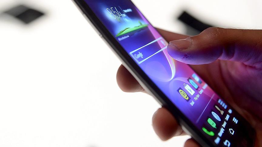 Android telefonlar kullanıcıları istem dışı takip ediyor
