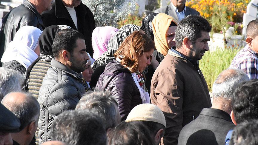 HDP Milletvekili Başaran terörist cenazesine katıldı