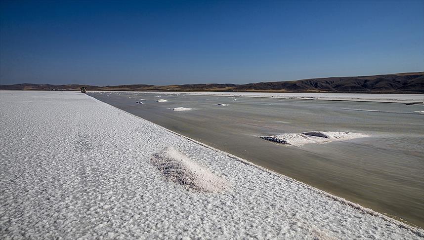 Tuz Gölü'nde 'geçici askeri güvenlik bölgesi' uygulaması