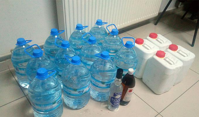 Konya Haber:  Konya Akşehir'de kaçak içki satışı yapmak isteyen 2 kişi yakalandı