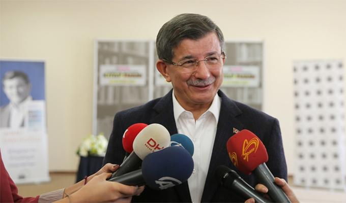 Hürriyet Yazarı Ahmet Davutoğlu'na sordu: YÜZDE 25'İ...
