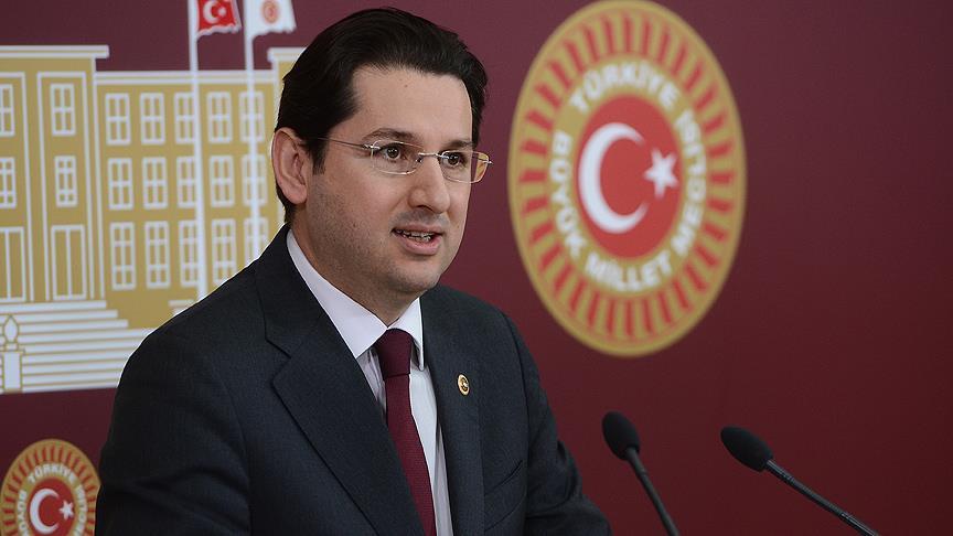 Eski CHP'li vekil hakkında FETÖ'den yakalama kararı