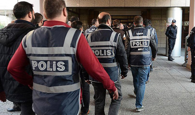 FETÖ'nün 'Işık' ve 'Gaybubet' evlerine operasyon: 12 gözaltı