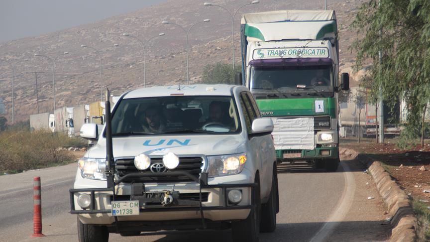 BM'den Suriyelilere 13 tırlık insani yardım malzemesi