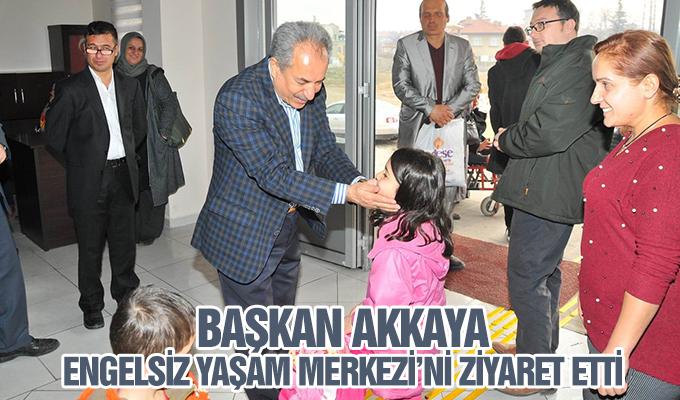 Konya Haber: Başkan Akkaya, Engelsiz Yaşam Merkezi'ni ziyaret etti