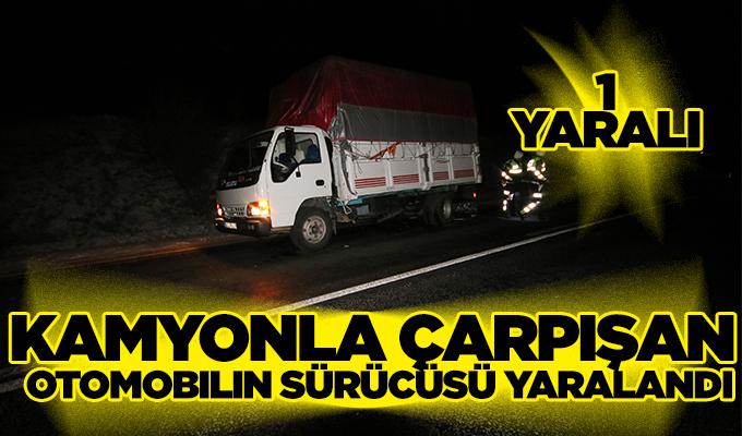 Konya'da muz yüklü kamyonla çarpışan otomobilin sürücüsü yaralandı