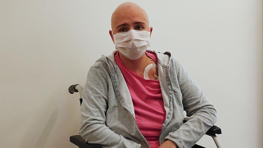 Kosovalı Manolya hayırseverlerin desteğiyle sağlığına kavuştu