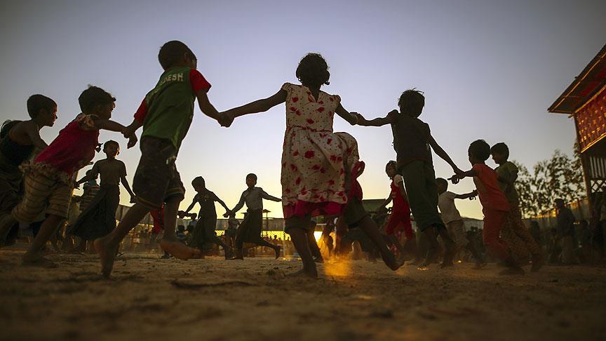 Bangladeş'e sığınan Arakanlı Müslümanların sayısı 646 bine ulaştı