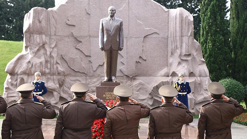 Haydar Aliyev vefatının 14. yılında anılıyor