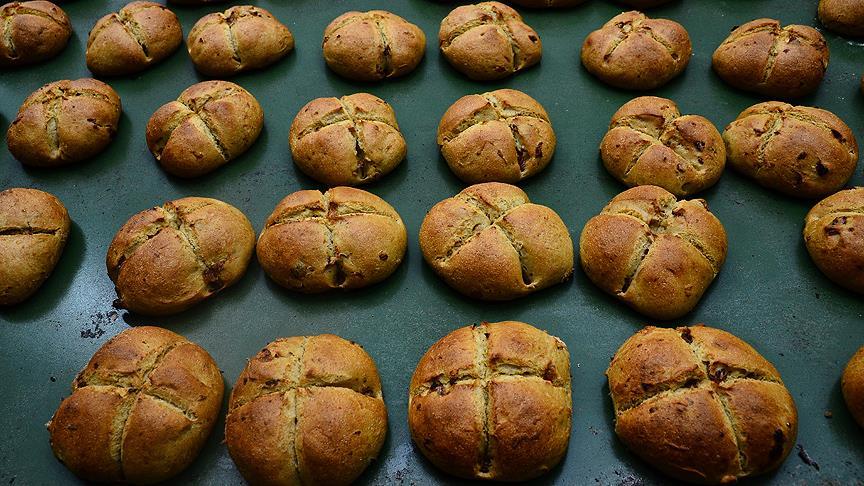 Leblebi tozundan ekmek üretildi