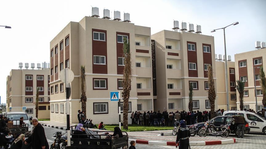 Gazzeliler Türkiye'nin yaptırdığı konutlarına kavuştu