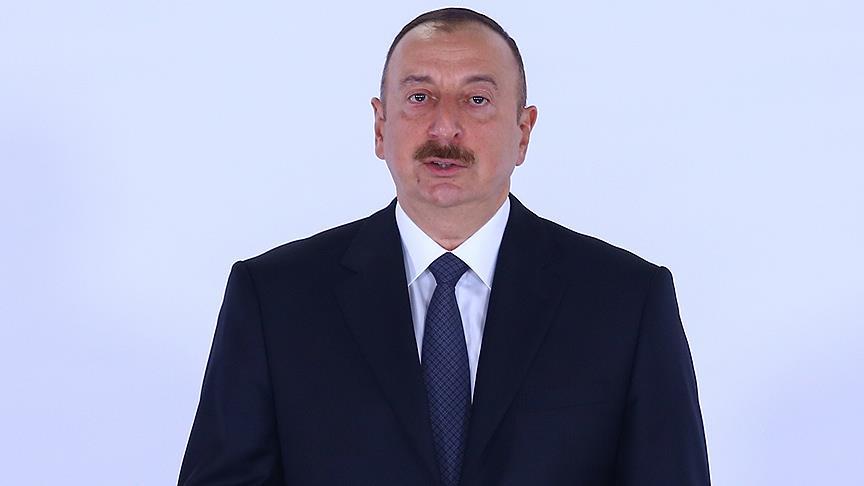 İlham Aliyev İİT Zirvesi için İstanbul'da