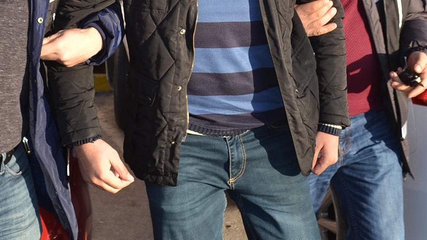 FETÖ'nün 'gaybubet evlerine' operasyonda 14 kişi tutuklandı