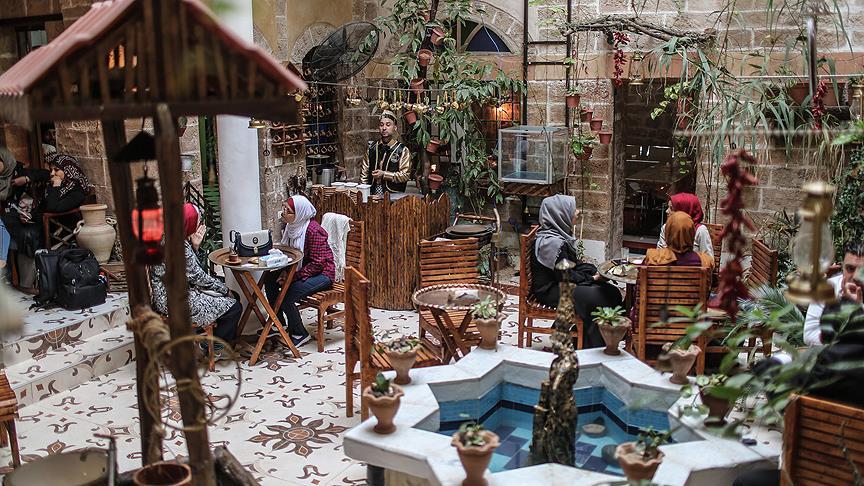 Gazze'de 430 yıllık Osmanlı evi restorana dönüştürüldü