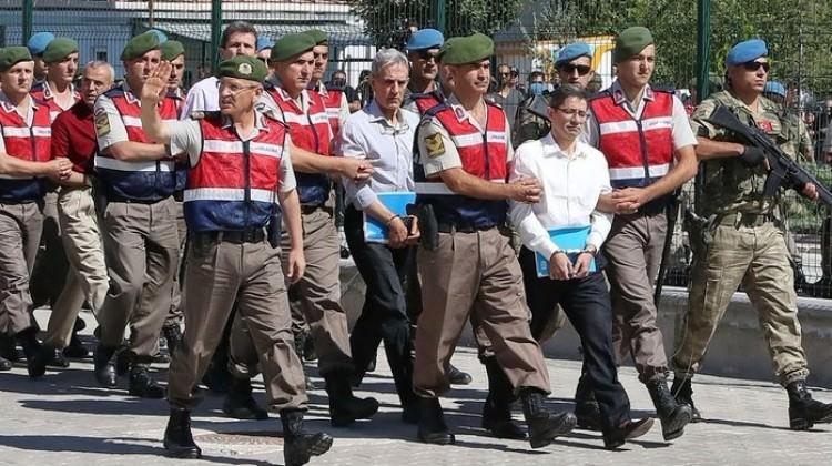 60 bin tutuklu ve hükümlü tek tip kıyafet giyecek