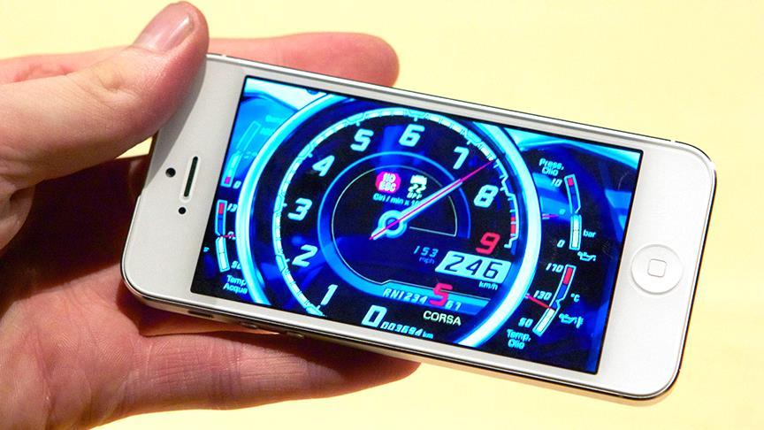 Eski iPhone modellerini yavaşlattığını kabul eden Apple özür diledi