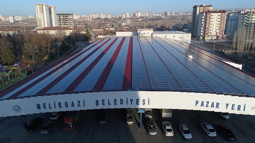 Belediye güneşten 2,2 milyon lira kazanıyor