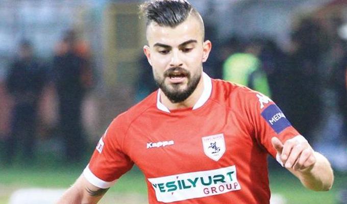 Konyaspor'un Samsunspor'a kiraladığı Abdülkerim Bardakçı serbest kaldı
