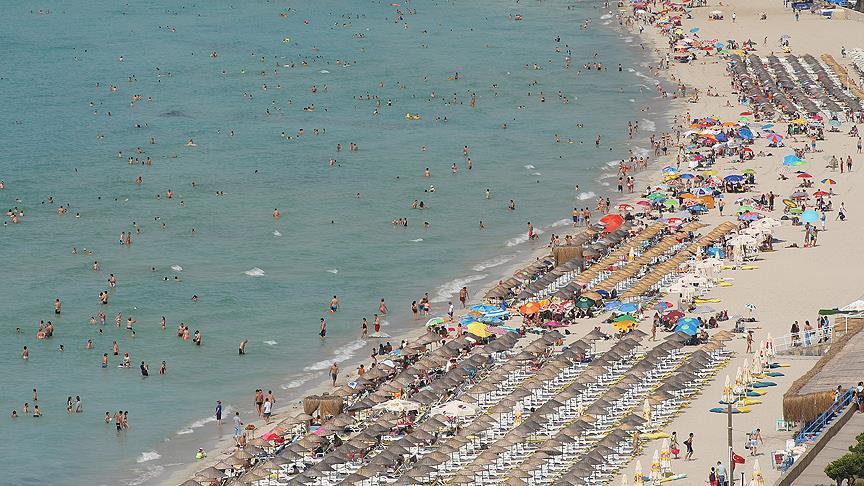 İç turizmde hedef 10 milyon kişiye tatil yaptırmak