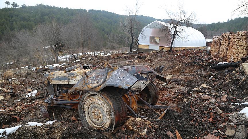 Kastamonu'daki yangında ulaşılamayan 5 kişilik ailenin cenazeleri bulundu