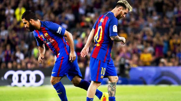 Messi soyunma odasında Arda'ya selam bile vermiyor