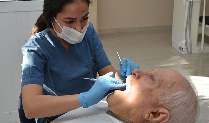 Diş Hekimliği Fakültesi'nde İleri Uygulama Kliniği Hizmete Açıldı