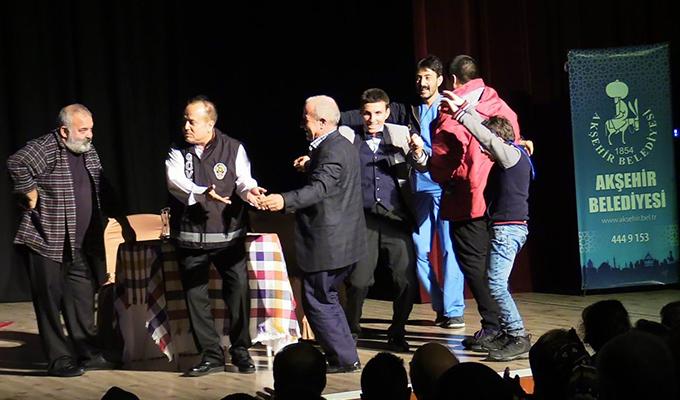 """Akşehir'de """"Vay sen misin ben olan"""" isimli tiyatro sahnelendi"""