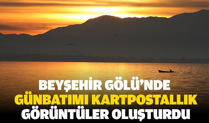 Beyşehir Gölü'nde günbatımı kartpostallık görüntüler oluşturdu
