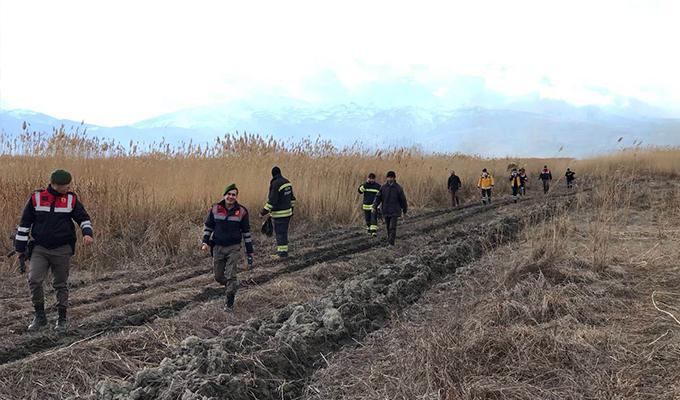 Konya'da sazlık yangının mahsur kalan vatandaşlar kurtarıldı