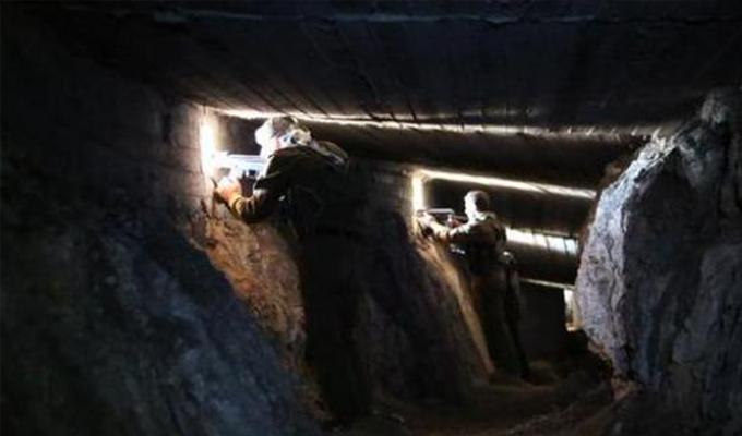 Terör örgütü tüneller kazmıştı... TSK bölgenin Kandil'i Parsa Dağı'nı vuruyor